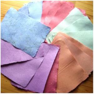 Käsitsi valmistatud paber
